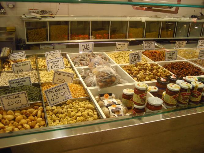 JAVIER i ROSARIO Fruits secs i espècies