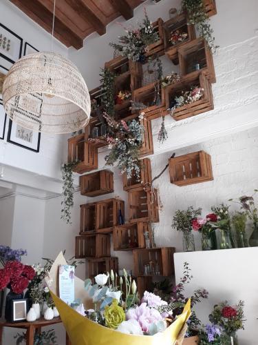 AZAHAR Flower Boutique